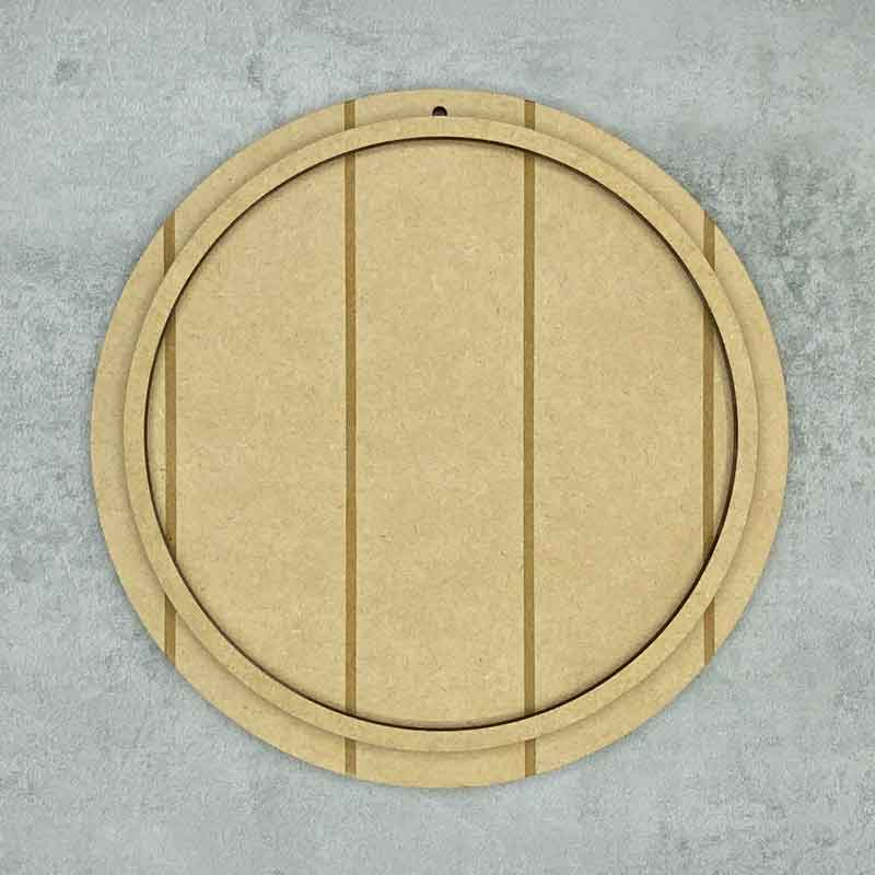round vertical shiplap plaque with frame loop