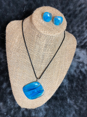 Artistically Recycled Glass Necklace Set