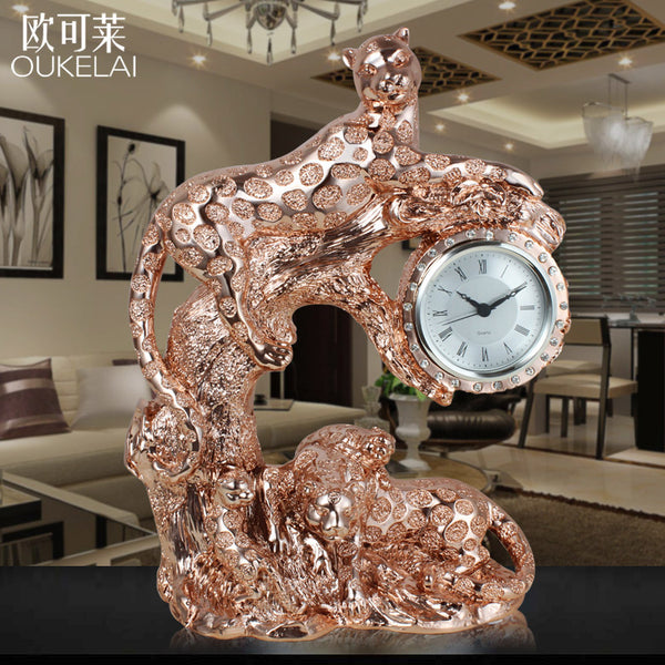 Marry a housewarming gift Home Furnishing European leopard clock decoration cabinet TV cabinet room decoration