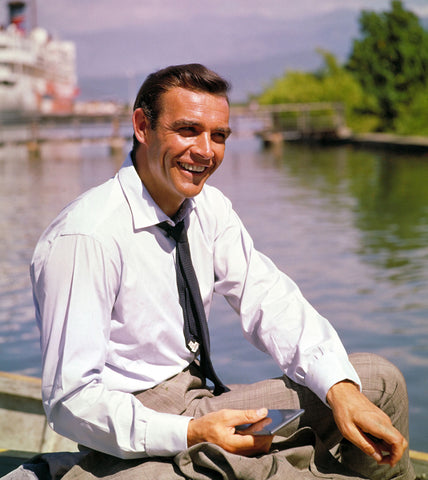 Sean connery wearing a grenadine tie