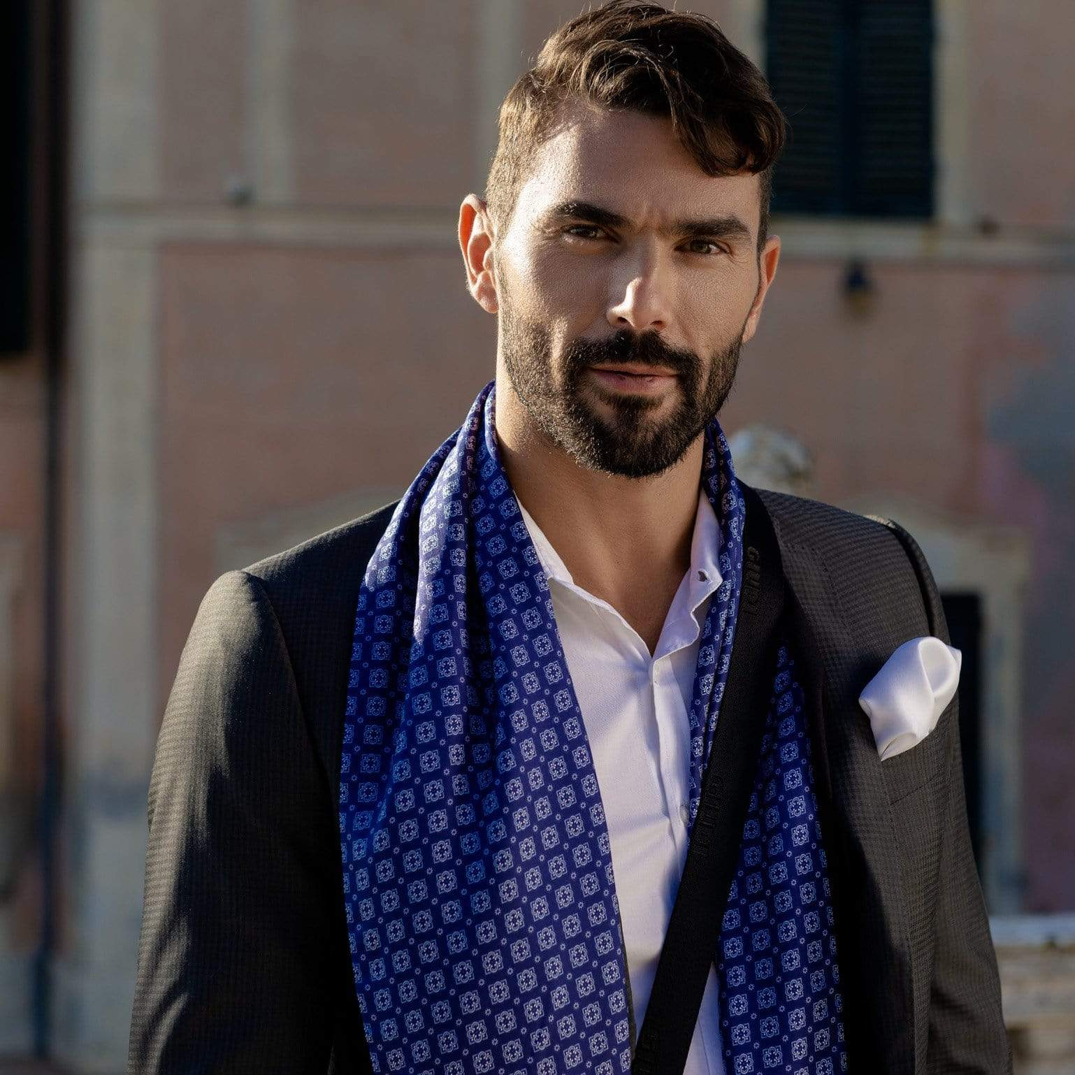 Hand Rolled White Silk Pocket Square - Made in italy