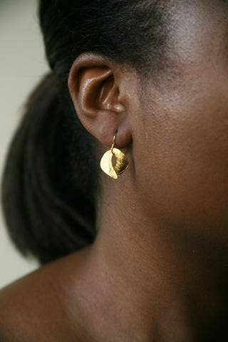 Tiny Sculptured Earring