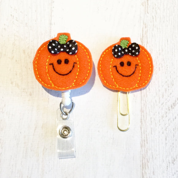 Fall Pumpkin Halloween Badge Reel, Planner Clip, ID Holder, Magnet, Brooch Pin, (114)