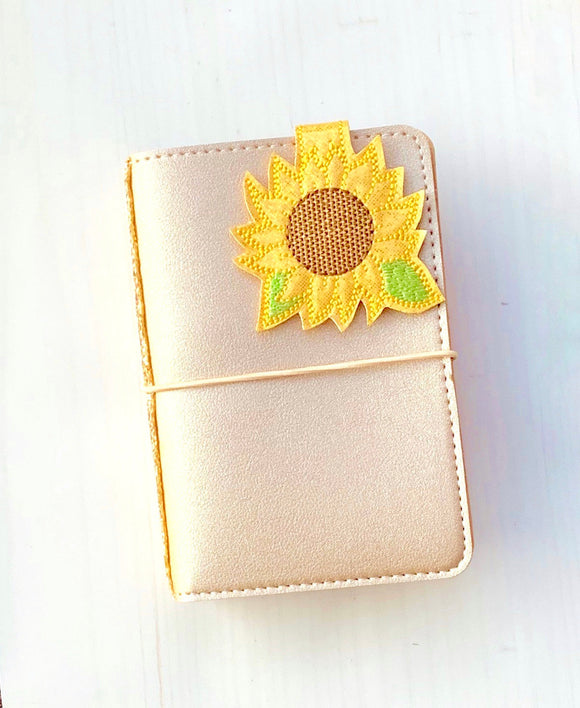 Fall Glitter Magnetic Sunflower Clip, Magnetic Page Marker, Planner Fall Magnet, Sunflower Bookmark (868)