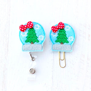 Christmas Snow Globe Badge Reel, Planner Clip, ID Holder, Magnet, Brooch Pin, (604)