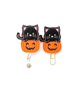 Halloween Pumpkin Kitty Badge Reel, Planner Clip, ID Holder, Magnet, Brooch Pin, (824)