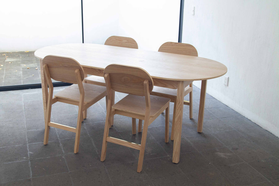 Arcos Table - 4-6 seater
