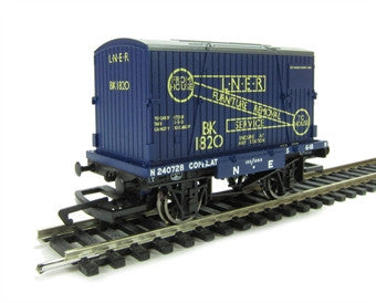 R6573 LNER Container & Conflat Bk1820