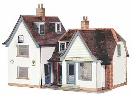 SQB21  The Swan Inn OO scale
