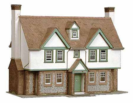 SQB24  Greystokes Farm House OO scale