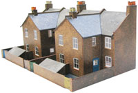 SQC5  Four Red Brick Terrace Backs OO scale