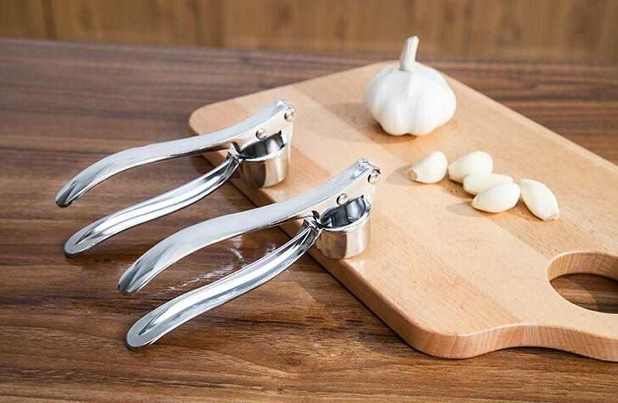 Garlic Press Crusher