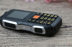 Military Shockproof Dual Sim Card Mobile Phone