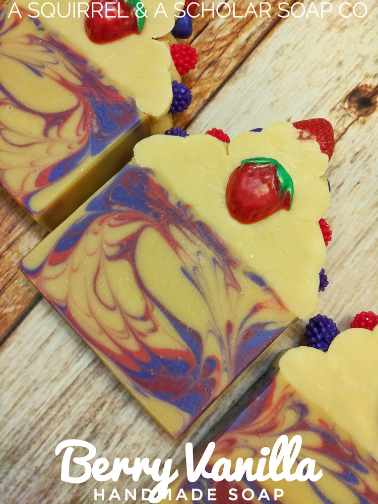 Load image into Gallery viewer, BERRY VANILLA (Handmade Soap)