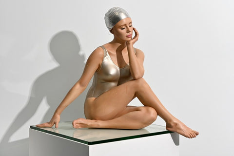 Carole Feuerman, Oil on Resin Size 22 × 18 × 20 inches 55.88 × 45.72 × 50.8 cm