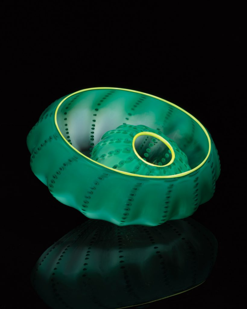 Dale Chihuly, Jade Green Seaform Studio Edition, 2016 Glass 4'' x 7½'' x 7½''