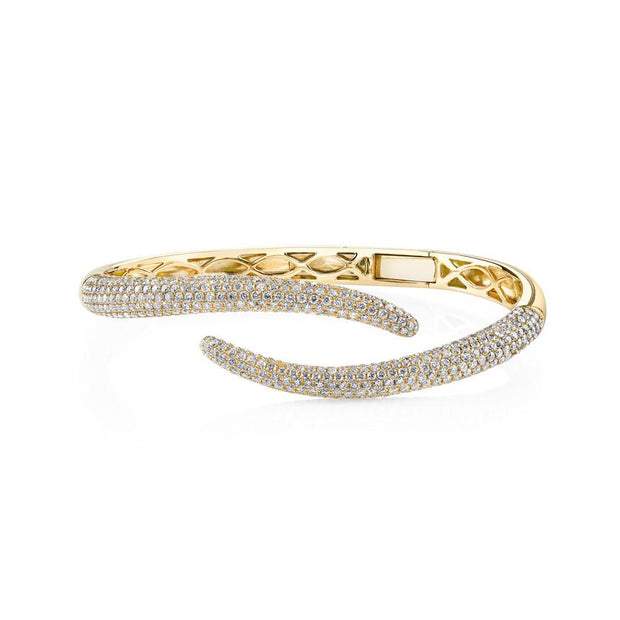 DIAMOND TAIL BANGLE