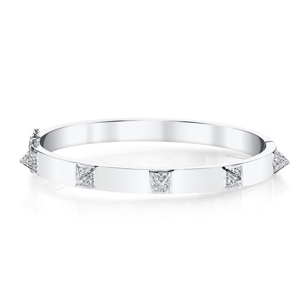 OVAL BRACELET WITH DIAMOND SPIKES