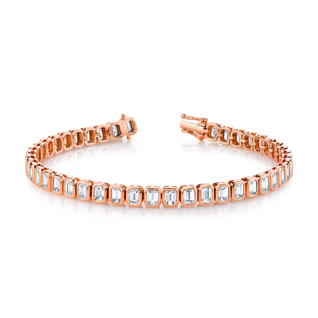 EMERALD CUT DIAMOND BRACELET