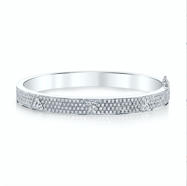 WHITE GOLD PAVE OVAL BRACELET WITH THREE TRILLION DIAMONDS