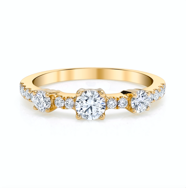 DIAMOND COLLINS RING