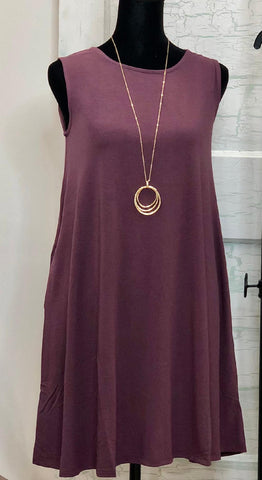 ROUND NECK SLEEVELESS TUNIC W POCKET- S-XL