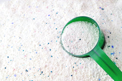 How Do Liquid and Powder Laundry Detergent Differ?