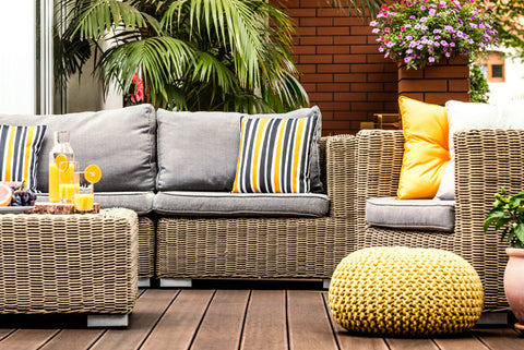 how to clean patio furniture