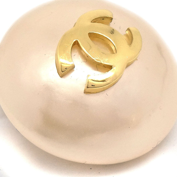 CHANEL Imitation Pearl Button Earrings Clip-On 25