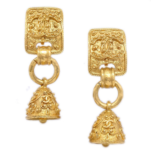 CHANEL Bell Shaking Earrings Clip-On Gold-Tone 94A