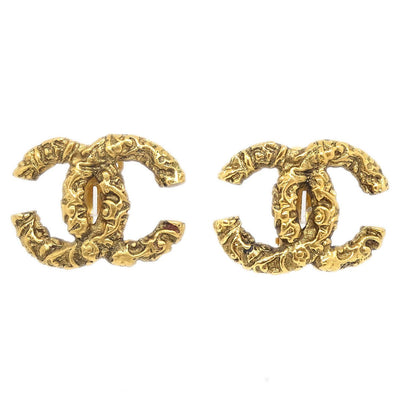 CHANEL CC Logos Earrings Clip-On Gold-Tone 93A