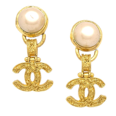 CHANEL Imitation Pearl Shaking Earrings Clip-On Gold White 94A