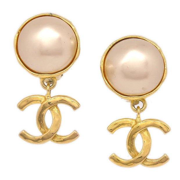 CHANEL Imitation Pearl Shaking Earrings Clip-On Gold 93P