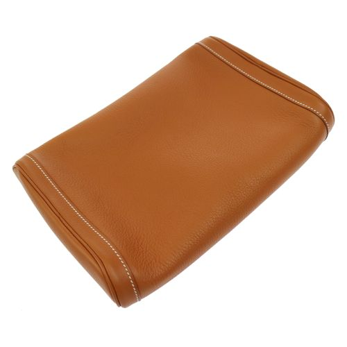 HERMES EQUI Clutch Brown Taurillon Clemence