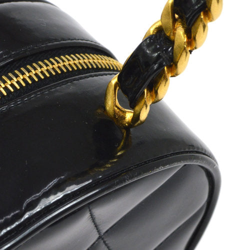 CHANEL Heart Quilted CC Chain Vanity Hand Bag Black