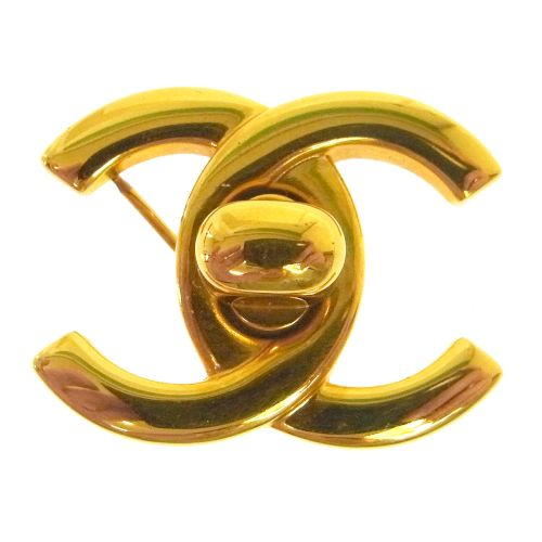 CHANEL CC Logos Turnlock Brooch Pin Corsage Gold 96P