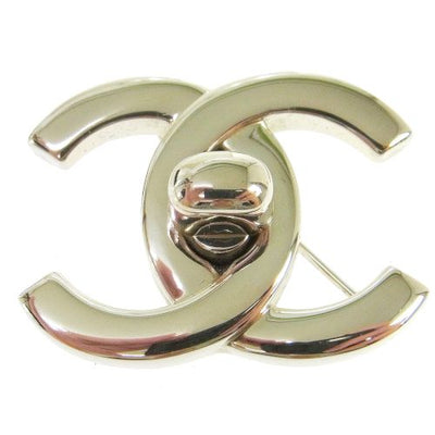 CHANEL CC Logos Turnlock Brooch Pin Silver 96P