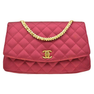 CHANEL Quilted Chain Shoulder Bag Red
