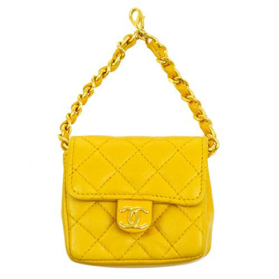 CHANEL Quilted Chain Belt Attachment Pouch Yellow