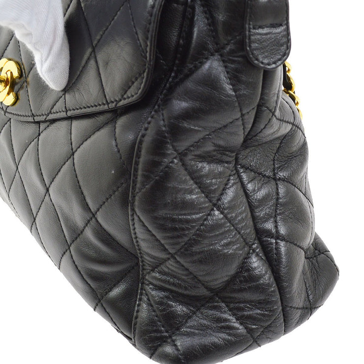 CHANEL Quilted CC Chain Shoulder Bag Black