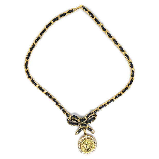 CHANEL Medallion Bow Rhinestone Necklace Choker Gold Black 96P