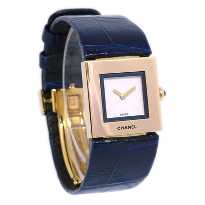 CHANEL Matelasse Ladies Quartz Wristwatch Watch 18K YG750 Navy