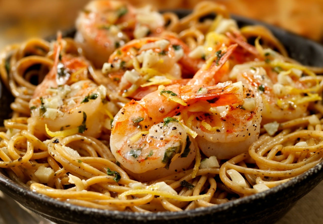 Recipe: The Best Spicy Garlic Butter Shrimp Scampi | Bring Home The Bacon