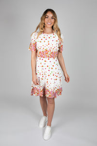 You added <b><u>White Print Flower Dress</u></b> to your cart.