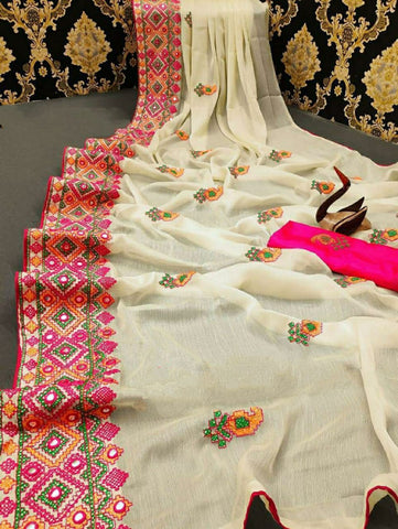 Off White Kashmiri Work Designer Saree - Daleyza Collections