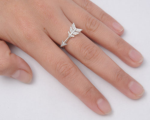 925 Sterling Silver CZ Arrow Ring