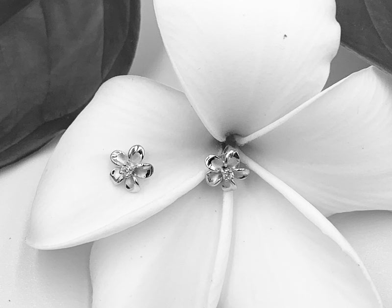 925 Sterling Silver Plumeria Stud Earrings - Hawaiian Earrings - Ladies Stud Earrings.  Gifts For Her.  Plumeria Earrings. Womens Stud Earrings