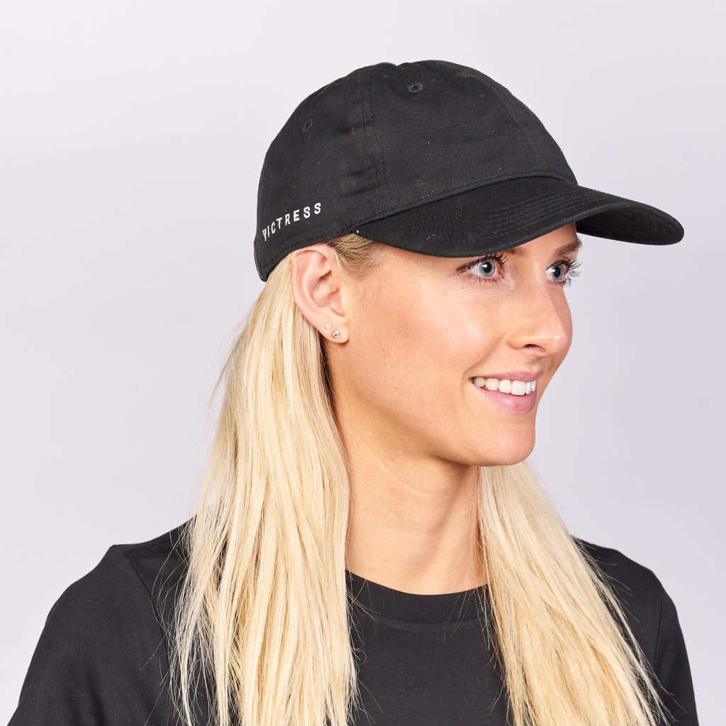 VICTRESS - ON THE RIGHT SIDE PREMIUM CAP- BLACK