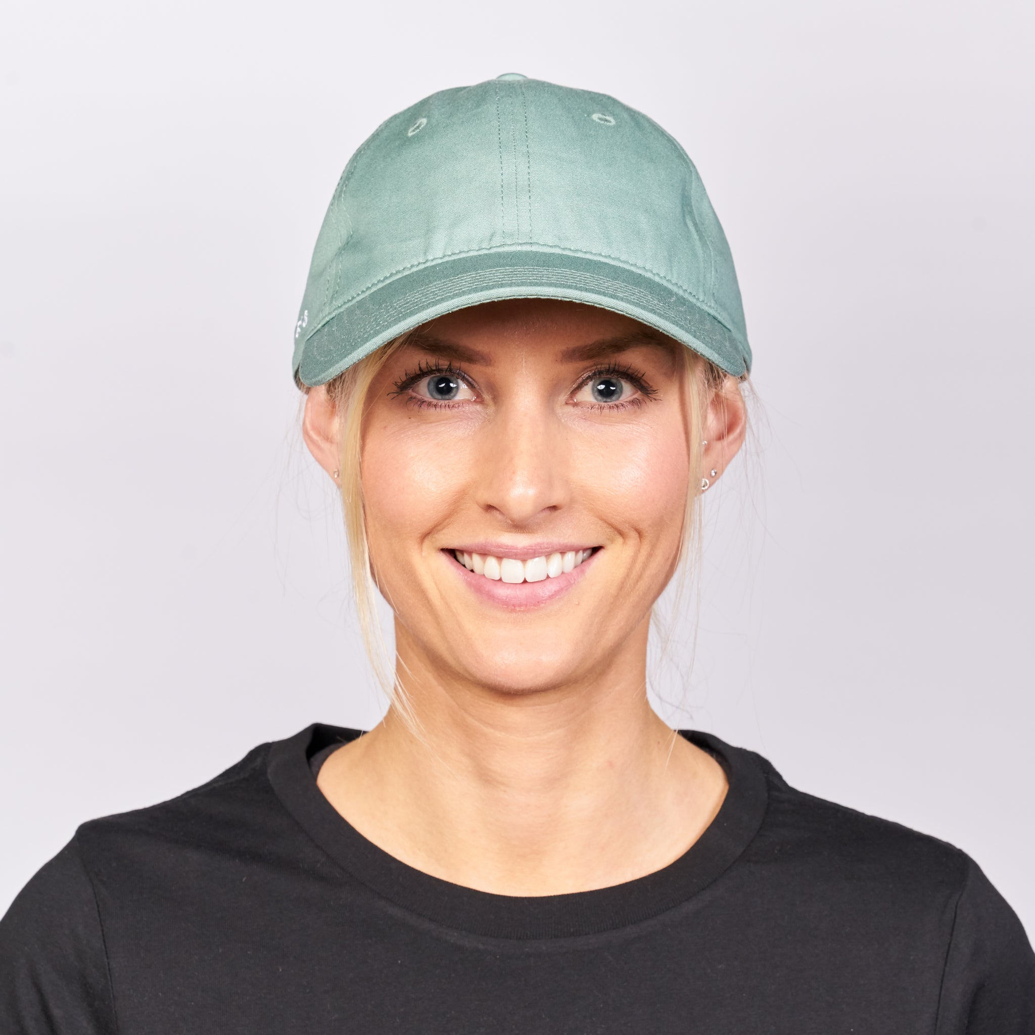 VICTRESS - ON THE RIGHT SIDE PREMIUM CAP- EUCALYPT