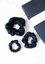 Load image into Gallery viewer, Natural silk scrunchie Black Night, set of three